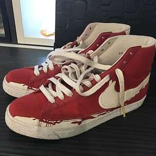 🚚 Nike 紅白高筒運動鞋