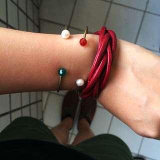皮革簡約手環(深紅)