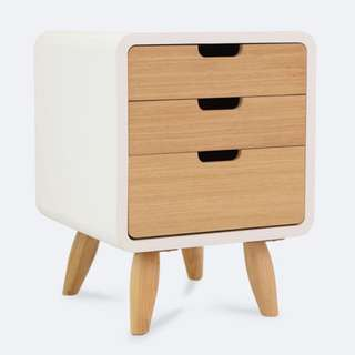 BN Bedside Console