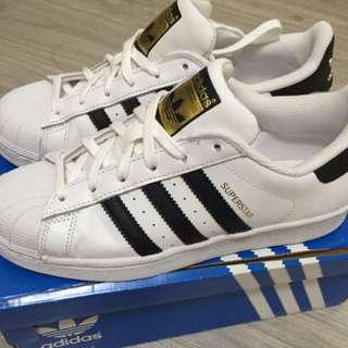 全新Adidas superstar