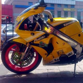 Yamaha ZXR 250cc