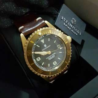 Steinhart Ocean One Bronze With Leather strap 42mm!
