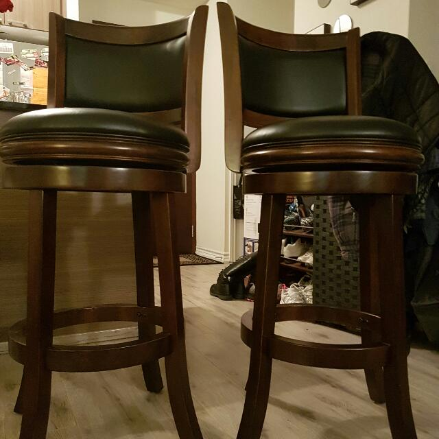 2 Matching Bar Stool W/ Back (Mint)