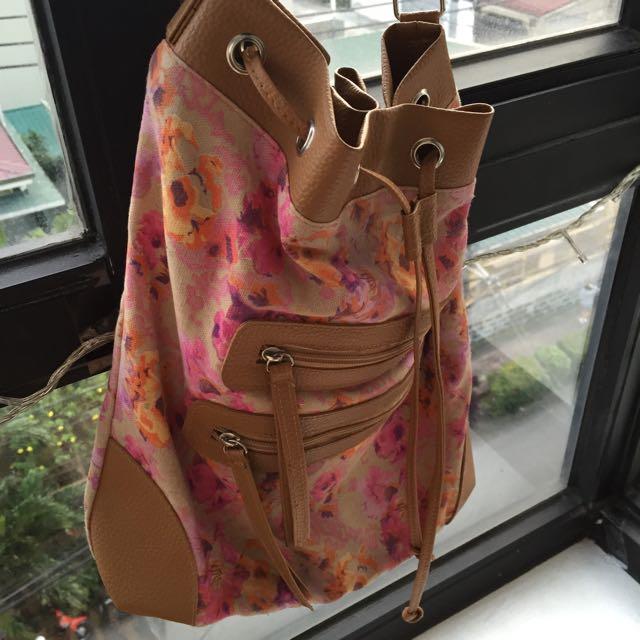 Avon Floral Bucket Bag