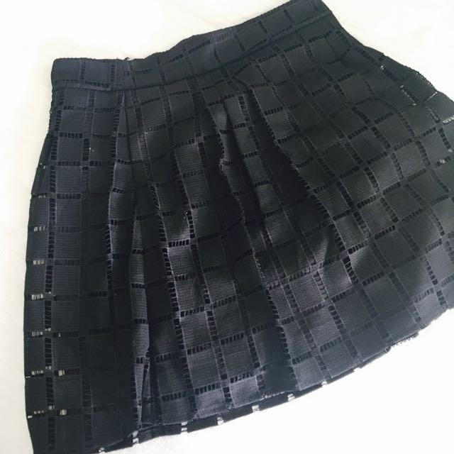 Black Skirt With Pockets