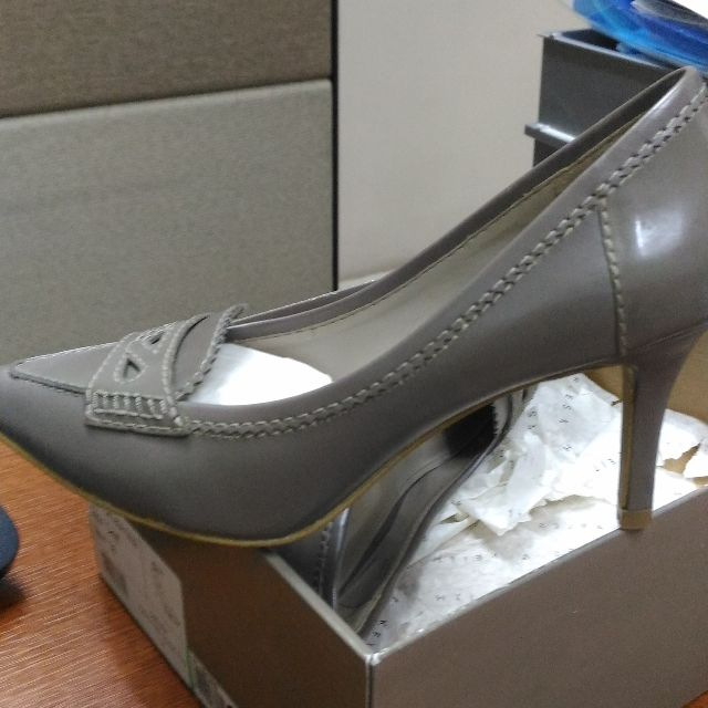 Charles and Keith grey shoes size 37