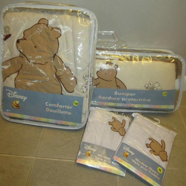 Classic Winnie the Pooh crib bedding and Curtain set
