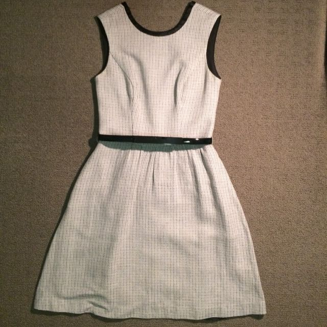 Cue Black and White Dress (Size 6)