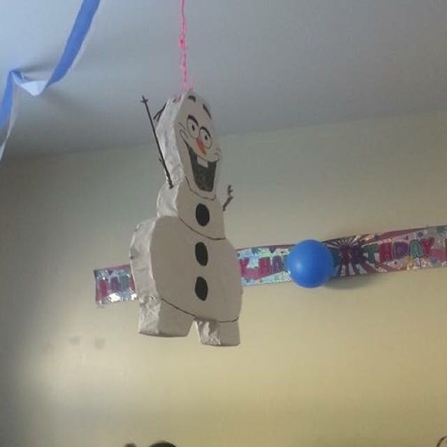 Custom Piñatas!