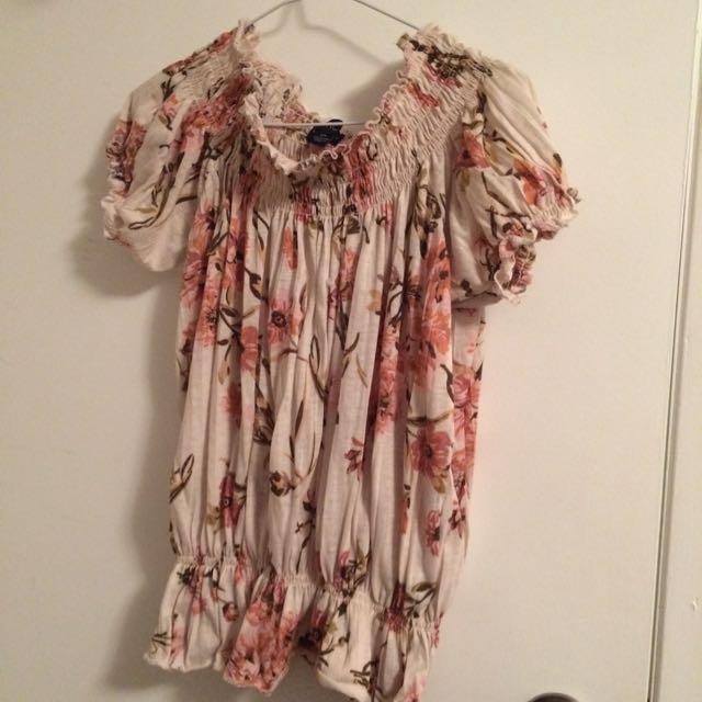 International Inc. Floral Shirt