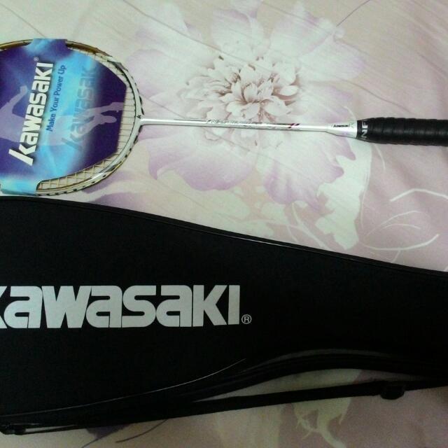 Kawasaki  比賽級 羽毛球拍