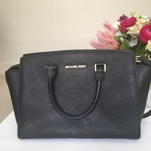 Micheal Kors Selma Bag - Large, Black