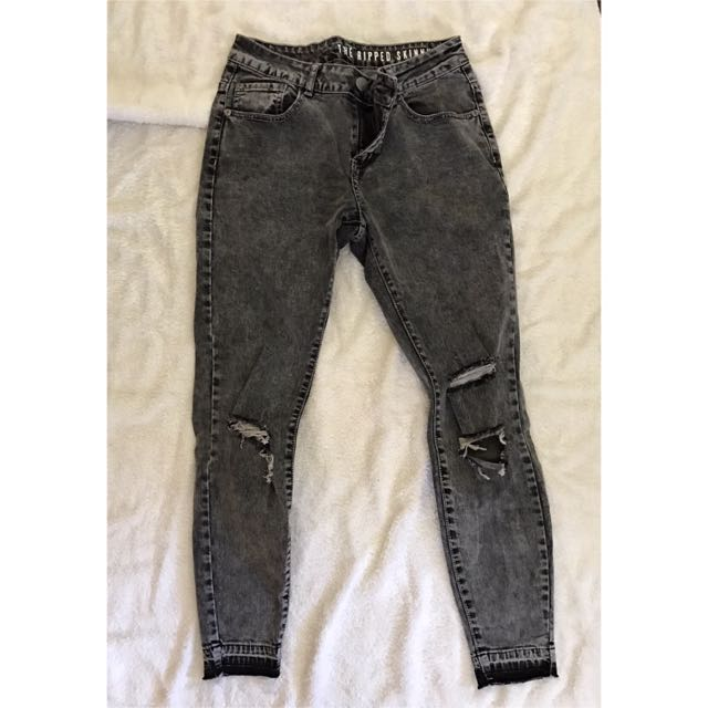 Ripped Skinny Jeans 7/8 Size 10