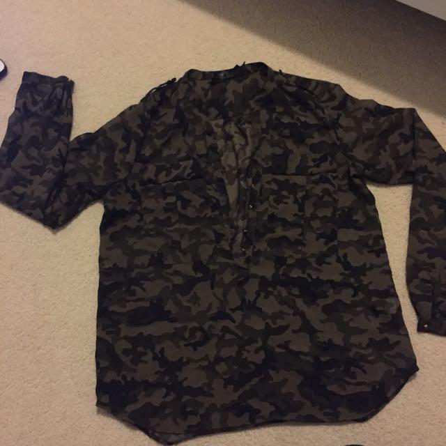 Sheer Army Pattern Shirt (M)