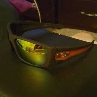 Oakleys Fuel Sell Sunglasses