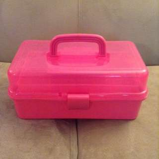 pink make-up organizer box
