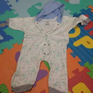 Overall (onsie) Wee Essentials With Hoodie