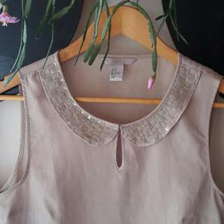 H&M Peplum Top W Peter Pan Beads Collar