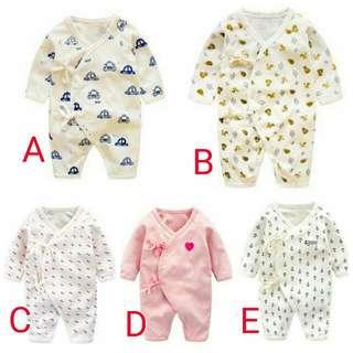 寶寶連身衣