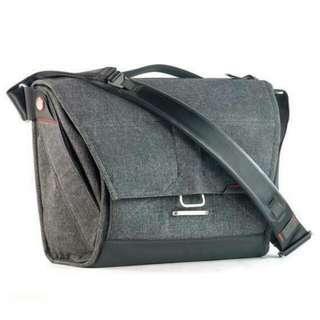 Peak Design Everyday Messenger 15 (Charcoal Grey)