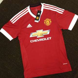 Authentic BNWT Manchester United 15/16 Home Kit (climacool)