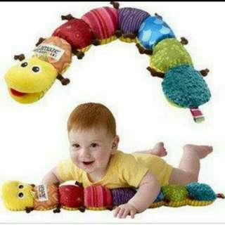 多功能七彩音樂毛毛蟲/音樂布蟲尺/ 音樂益智身高尺有寶寶最愛的音樂、搖鈴、響紙還有bb器喔!
