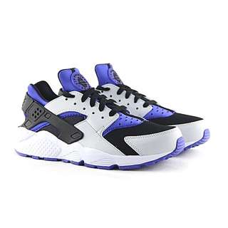 NIKE HUARACHES MENS US 9.5