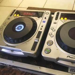 X2 CDJ 500's