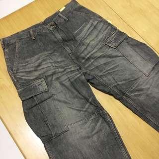 日牌Swagger 灰色刷紋牛仔褲