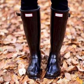 Hunter Boots (Tall Black Glossy Size 7)