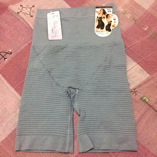 灰色機能無痕提臀束褲
