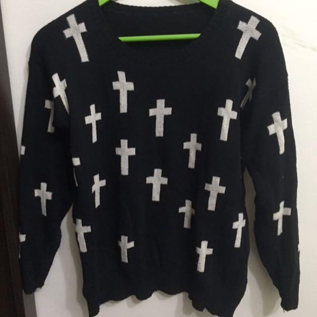十字架毛衣