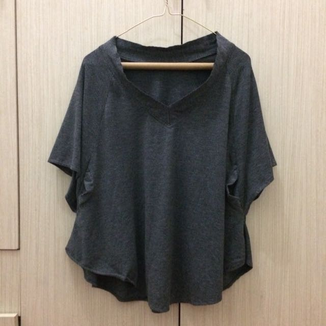 COTTON BATWING TOP