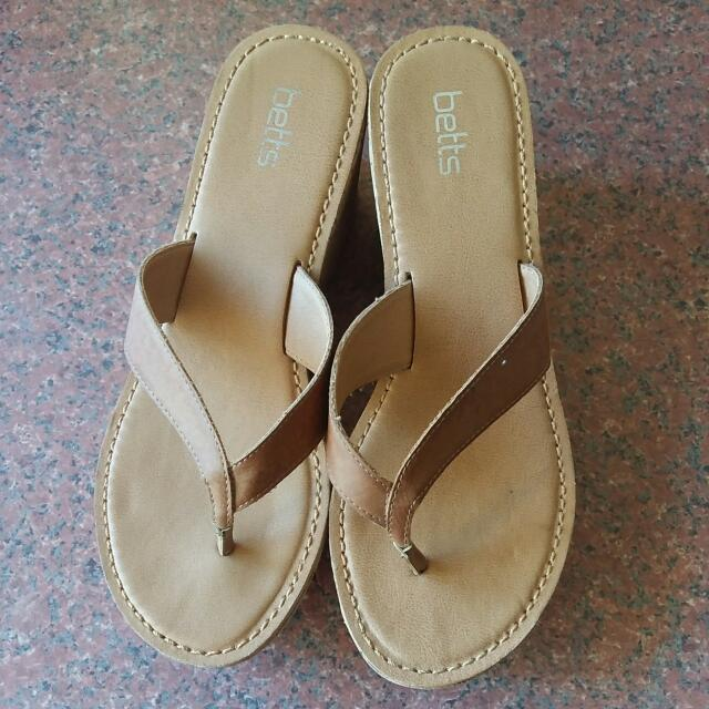 BETTS WEDGES EXCELLENT CONDITION