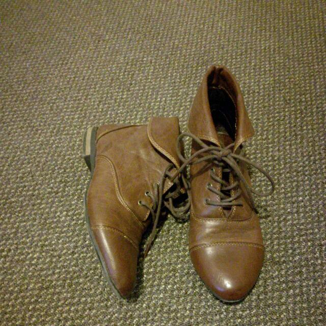 Brown Boots Size 37
