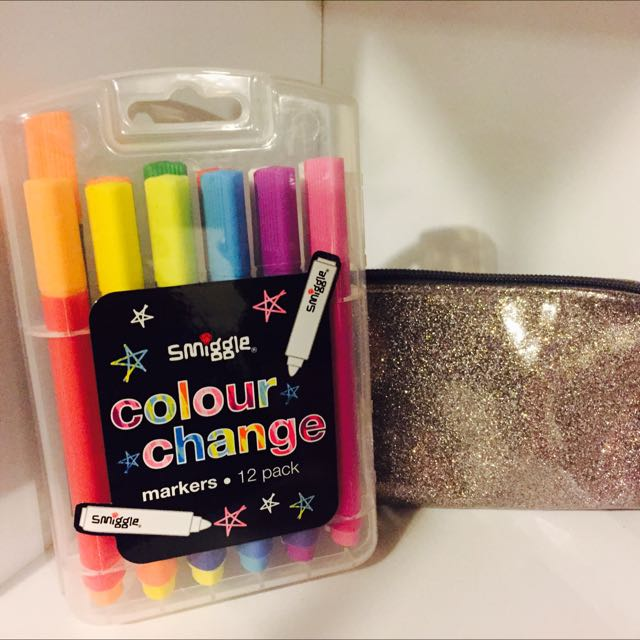 Colour Changing Markers 12 + Glitter Look Pencil Case