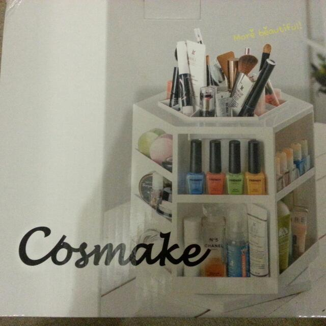 Cosmetic Stand
