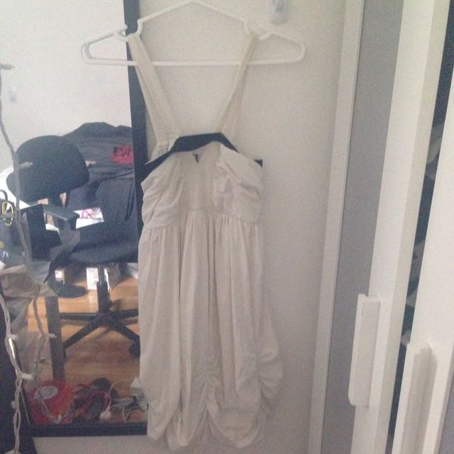 Flowy Grecian Type Dress