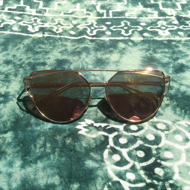 'GlowGlam' Cali Luxe Sunglasses