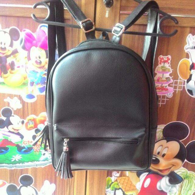 Jiny Backpack