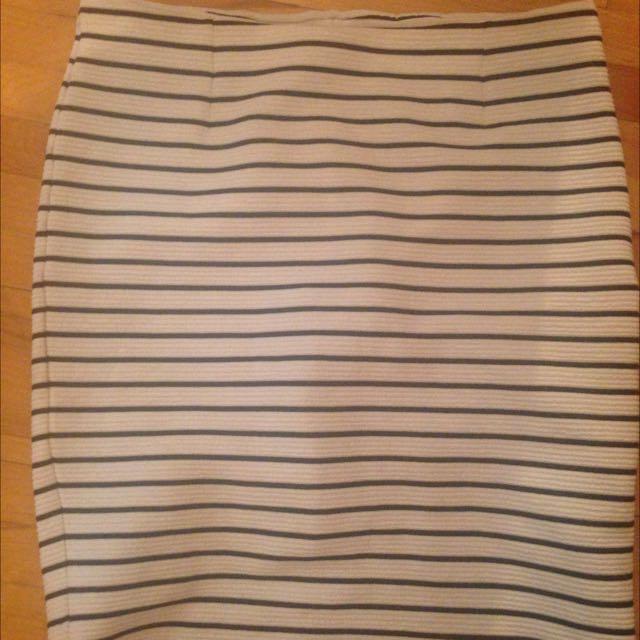 L Pencil Skirt