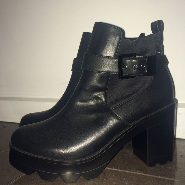 New Black Silvian Heach Ankle Boots