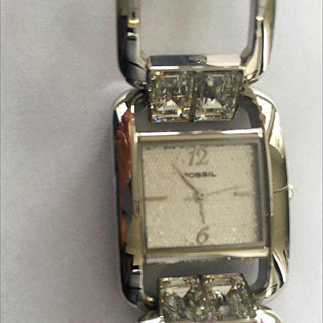 Pre-loved Fossil Watch - Silver With Crystals