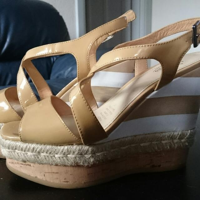 Wittner Tan Wedge Sandals Size 37
