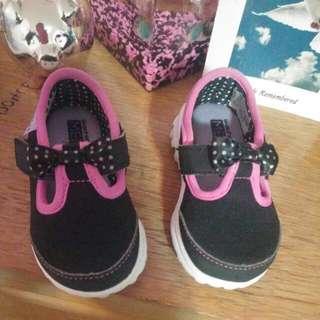 SKETCHERS girls Memory Foam Shoes