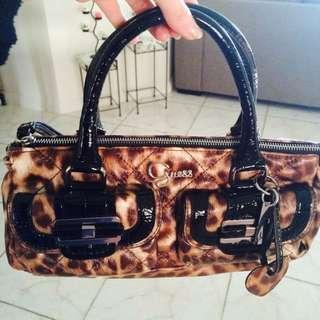 👜 Guess Handbag 👜
