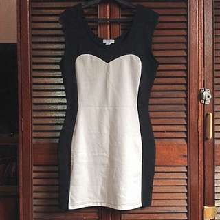 Sale ✨Black/White Cotton On Dress