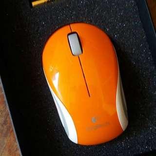 SALE 5% Mouse Logitech M187