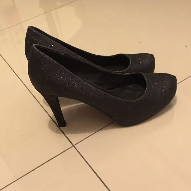 歡迎出價!閃亮亮黑色高跟鞋,超百搭
