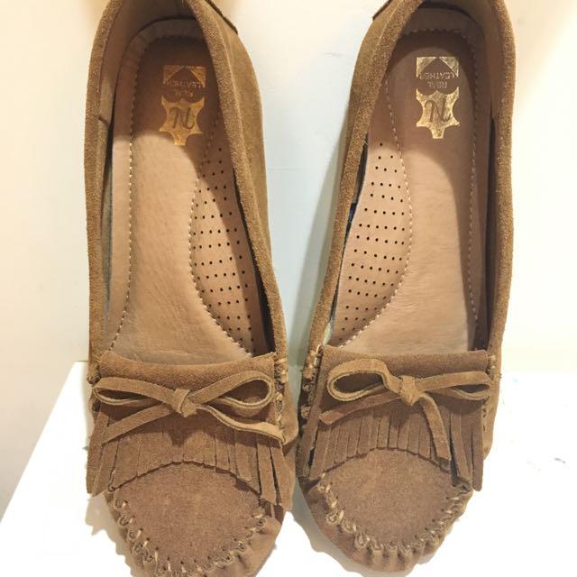 莫卡辛蝴蝶結駝色平底豆豆鞋